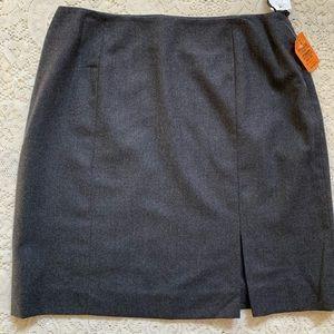 Jones New York 100% wool skirt NWT